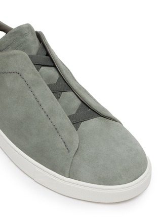 Detail View - Click To Enlarge - ERMENEGILDO ZEGNA - Triple stitch suede sneakers