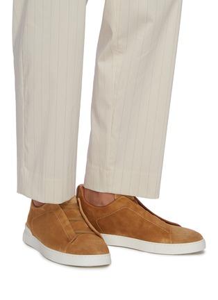 Figure View - Click To Enlarge - ERMENEGILDO ZEGNA - Triple Stitch Slip-on Suede Sneakers
