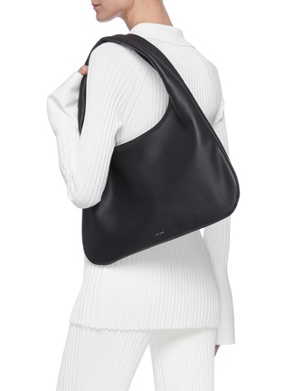 Figure View - Click To Enlarge - THE ROW - 'Everyday' medium leather shoulder bag