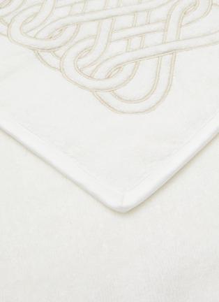 Detail View - Click To Enlarge - FRETTE - Auspicious Embroidery Guest Towel — Milk & Savage