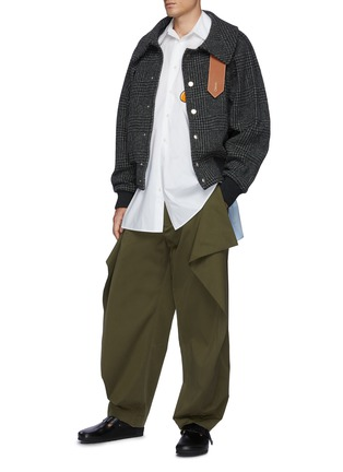 Figure View - Click To Enlarge - JW ANDERSON - Contrasting Neck Fastening Ruched Sleeve Bomber