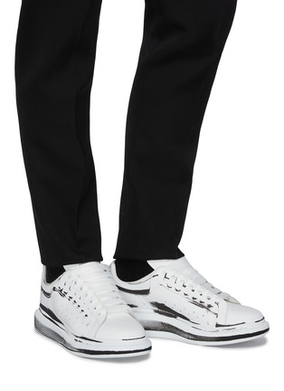 Figure View - Click To Enlarge - ALEXANDER MCQUEEN - 'Larry' Printed Leather Sneakers