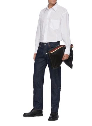 Figure View - Click To Enlarge - KARMUEL YOUNG - Dark rinse two way cuff jeans
