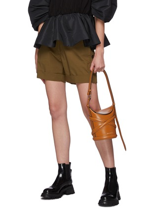 Front View - Click To Enlarge - ALEXANDER MCQUEEN - The Curve' Small Leather Bucket Bag