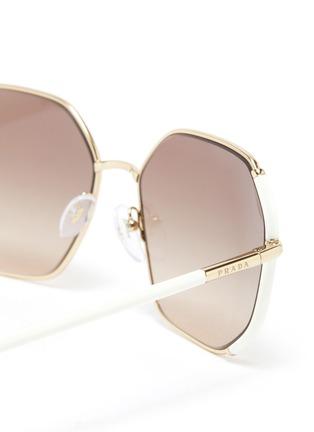 Detail View - Click To Enlarge - PRADA - Contrast Temple Angular Metal Frame Sunglasses