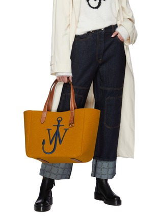 Figure View - Click To Enlarge - JW ANDERSON - 'Belt' Anchor Logo Embroidery Leather Handle Felt Tote