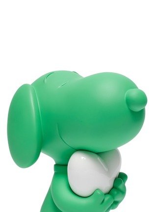 Detail View - Click To Enlarge - LEBLON DELIENNE - Snoopy Heart Sculpture – Matt Green/White