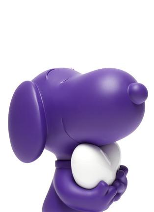 Detail View - Click To Enlarge - LEBLON DELIENNE - Snoopy Heart Sculpture – Matt Purple/White
