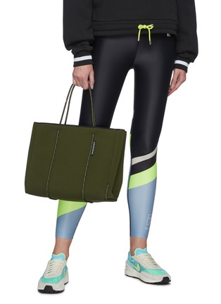 Figure View - Click To Enlarge - STATE OF ESCAPE - 'Flying Solo' sailing rope neoprene tote