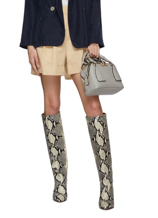 Front View - Click To Enlarge - CHLOÉ - 'Daria' braided handle grain leather small shoulder bag