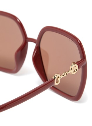 Detail View - Click To Enlarge - GUCCI - Horseshoe Detail Temple Oversized Square Acetate Frame Sunglasses