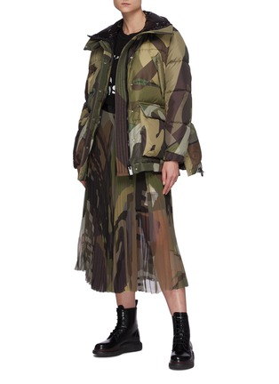 Figure View - Click To Enlarge - SACAI - x KAWS Camouflage Print Puffer Jacket