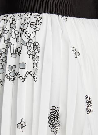 - SACAI - Belted Bandana Opal Print Pleated Midi Skirt