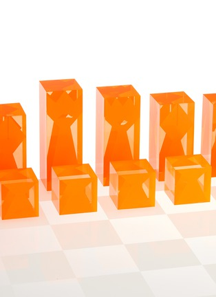 Detail View - Click To Enlarge - JONATHAN ADLER - LUCITE CHESS SET – NEON
