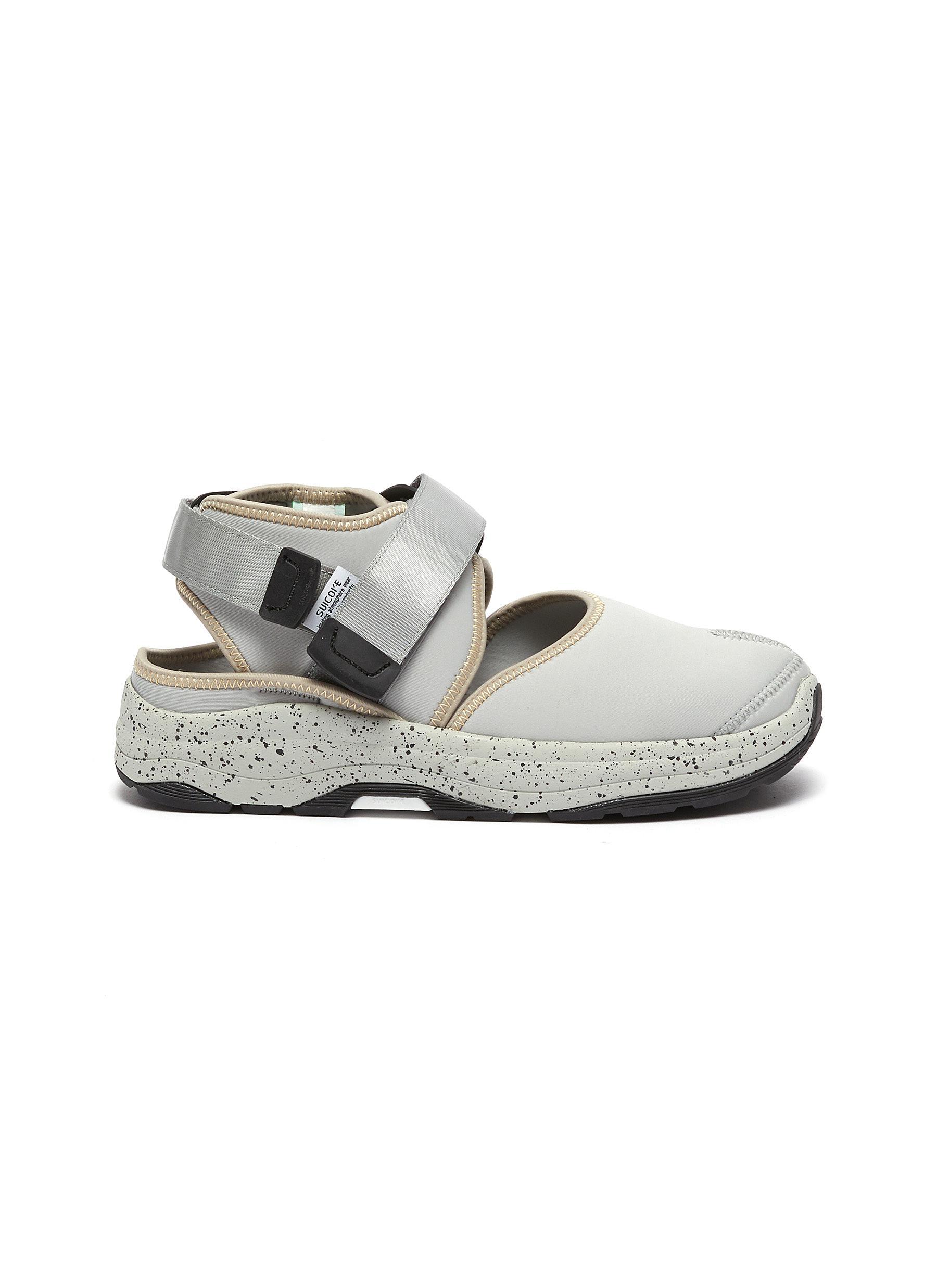 Unbita Split Toe Tabi Chunky Sandals w/ Speckle Sole and Ankle Strap - SUICOKE - Modalova