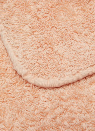 Detail View - Click To Enlarge - ABYSS - Super Pile Face Cloth – Blush