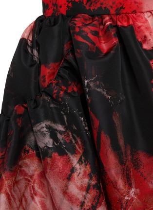 - ALEXANDER MCQUEEN - Gather Crush Petal Print Midi Skirt