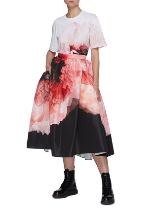Figure View - Click To Enlarge - ALEXANDER MCQUEEN - Gather Crush Petal Print Midi Skirt