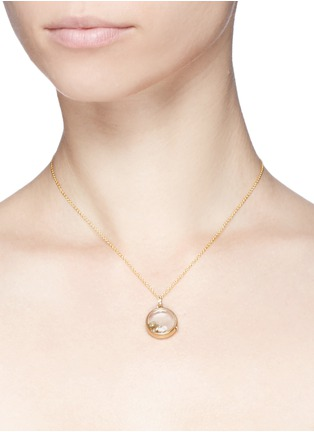 Detail View - Click To Enlarge - LOQUET LONDON - 18k yellow gold dove charm - Spread Your Wings