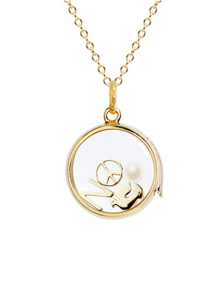 Figure View - Click To Enlarge - LOQUET LONDON - 18k yellow gold dove charm - Spread Your Wings