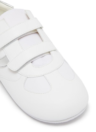 Detail View - Click To Enlarge - WINK - Baguette Low Top Double Velcro Sneakers