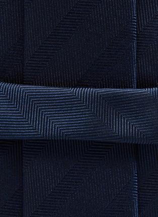 Detail View - Click To Enlarge - STEFANOBIGI MILANO - Silk Permanent Herringbone Plain Tie