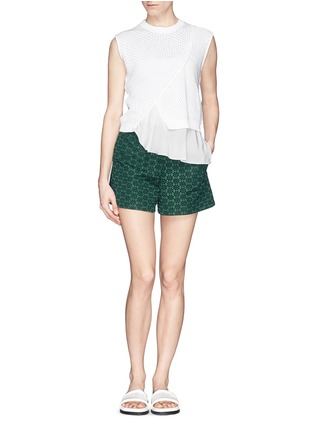 Figure View - Click To Enlarge - Moncler - San Gallo lace shorts