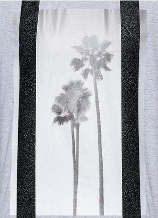 Detail View - Click To Enlarge - Palm Angels - 'Palms' glitter print T-shirt