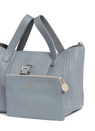 Detail View - Click To Enlarge - Meli Melo - 'Thela' medium woven effect leather trapeze tote