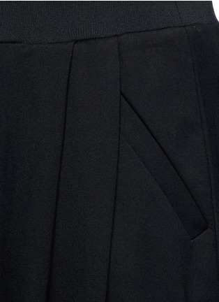 Detail View - Click To Enlarge - McQ Alexander McQueen - 'Murphy' pleated sweatpants