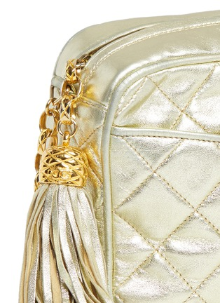 Detail View - Click To Enlarge - Vintage Chanel - Small quilted metallic leather camera bag
