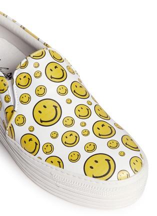 Detail View - Click To Enlarge - Joshua Sanders - 'Happy Smile' print leather skate slip-ons