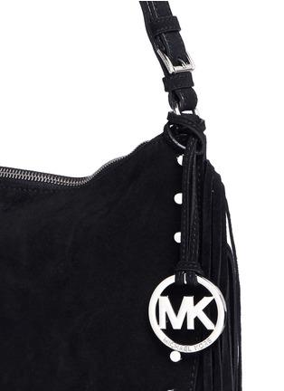 Detail View - Click To Enlarge - MICHAEL KORS - 'Billy' medium suede fringe shoulder bag
