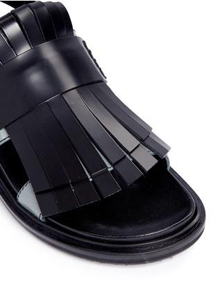 Detail View - Click To Enlarge - MARNI - 'Fussbett' colourblock kiltie fringe leather sandals
