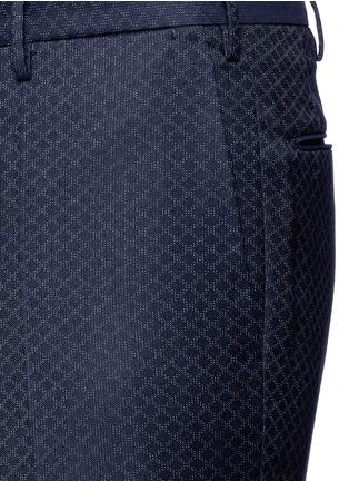 Detail View - Click To Enlarge - Incotex - Slim fit diamond jacquard pants