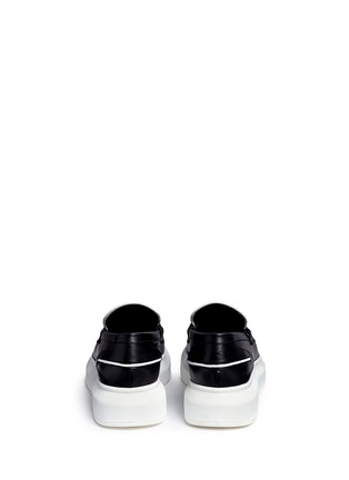 Back View - Click To Enlarge - Alexander McQueen - Contrast vamp leather penny loafers