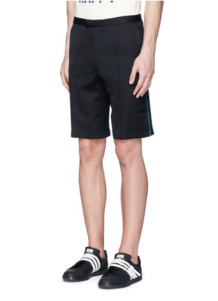 Front View - Click To Enlarge - Johnundercover - Mixed media slim fit shorts