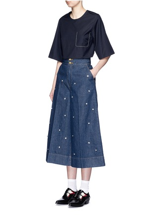 Figure View - Click To Enlarge - Muveil - Jewel embellished denim culottes