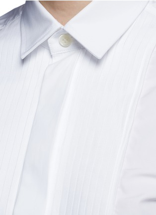 Detail View - Click To Enlarge - SAINT LAURENT - Plissé pleat bib poplin shirt