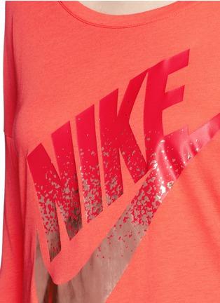 Detail View - Click To Enlarge - Nike - 'AS Nike Signal' metallic logo print T-shirt