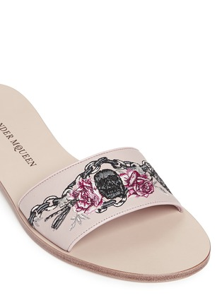 Detail View - Click To Enlarge - Alexander McQueen - Poppy skull embroidery slide sandals