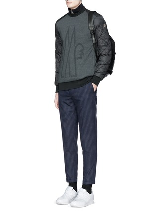 Figure View - Click To Enlarge - Moncler Grenoble - Quilted down sleeve logo sweatshirt
