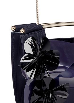 Detail View - Click To Enlarge - DELPOZO - 'Mini Gret' woodgrain effect floral appliqué clutch