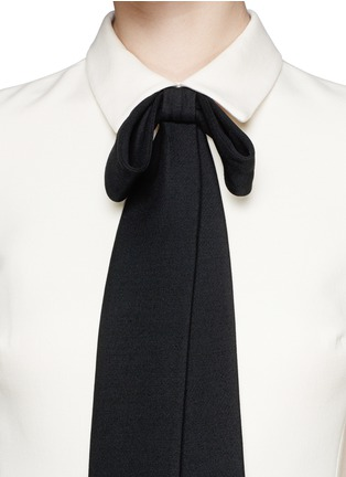 Detail View - Click To Enlarge - VALENTINO - Crepe Couture bow neck dress