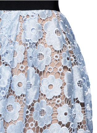 Detail View - Click To Enlarge - self-portrait - 'Flower Garden' guipure lace midi skirt