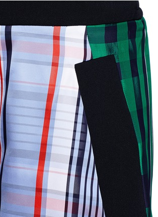 Detail View - Click To Enlarge - STELLA MCCARTNEY - 'Kristelle' mix check print patchwork jogging shorts