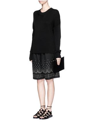 Figure View - Click To Enlarge - Alexander Wang  - Metal eyelet cotton-linen board shorts