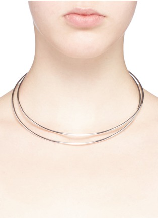 Detail View - Click To Enlarge - Maison Margiela Fine Jewellery - 'Anamorphose' 18k white gold twisted necklace