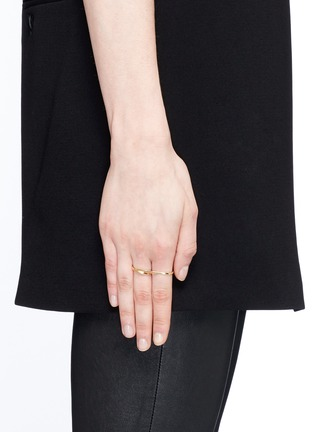 Figure View - Click To Enlarge - MAISON MARGIELA FINE JEWELLERY - 'Anamorphose' 18k yellow gold twisted two finger ring