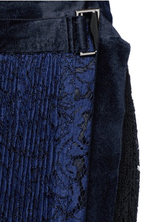 Detail View - Click To Enlarge - Sacai - Pleated guipure lace wrap midi skirt